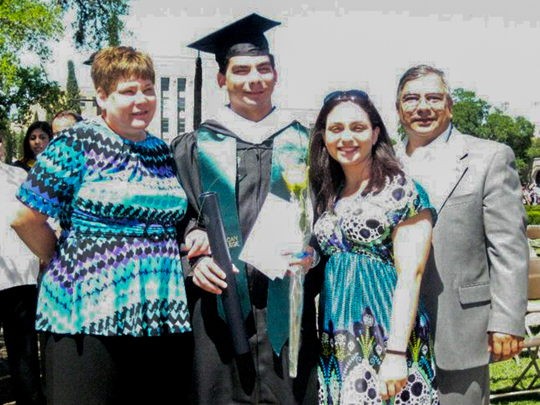 Cindy Treviño (mother, left), Jon-Ross Treviño (center), Megan Treviño (older sister, center), and Ross Treviño (father, right).